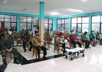 Hadir pada peresmian tersebut Kepala BPDSM Kemendagri, Teguh Setyabudi didampingi jajaran Forkompimda, Sekda dan para Kepala Perangkat Daerah Kabupaten Bogor, para Kepala RSUD dan tamu undangan lainnya.