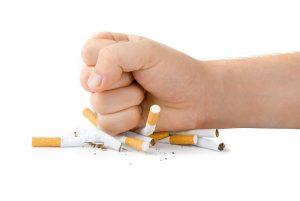 dua-orang-ini-rela-kehilangan-impian-akibat-rokok-lAaiiGAfqA