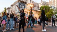 'Itu Semua Layak.' Setelah Terluka dan Ditangkap Polisi, Para Pengunjuk